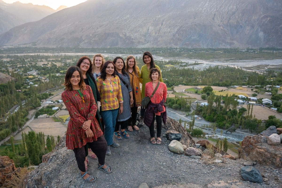 Female tourists in Gilgit Baltistan3