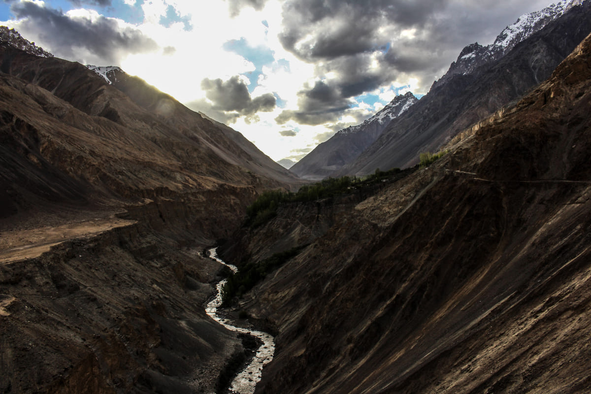 Hunza valley mountains 3