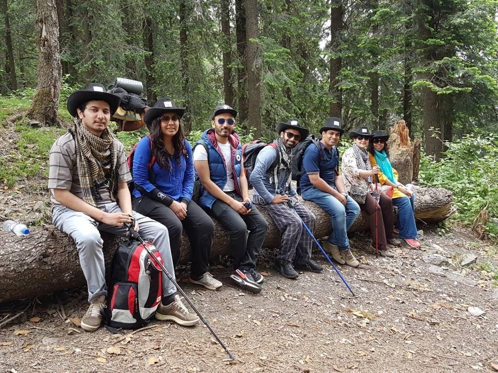 Tourists on trekking trip to Dagri Forest(10)